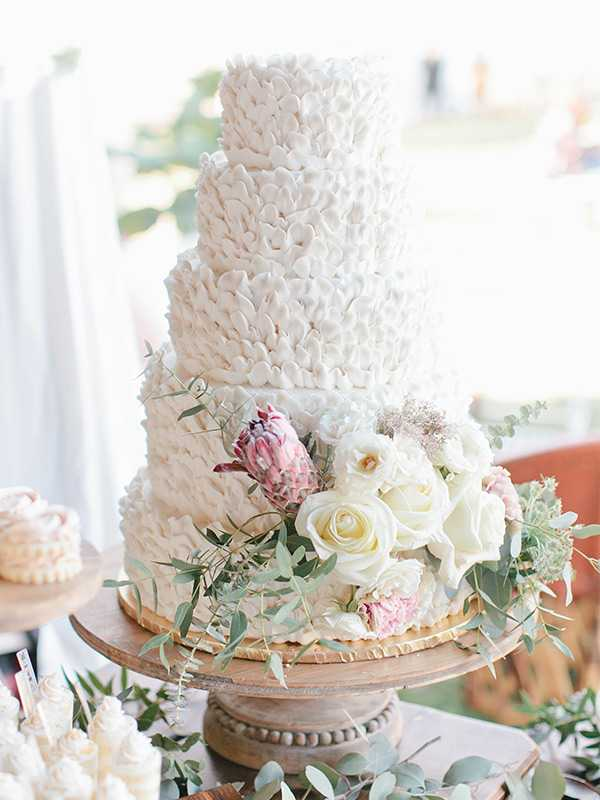 Buttercream ruffles vintage shabby chic wedding